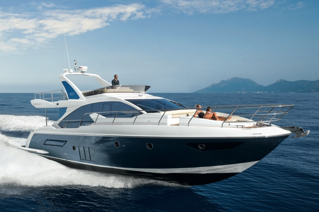 Yate-Azimut-PER-Academia-náutica-MARINOS-1024x683